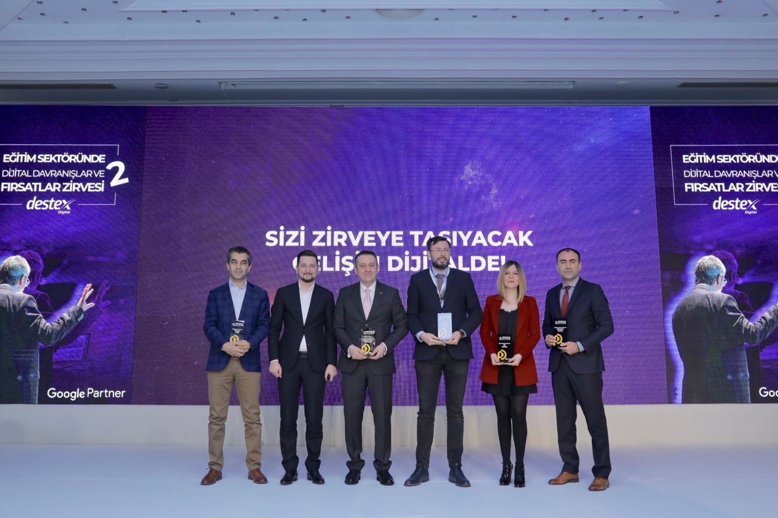 Eğitimde İletişim Ödülleri